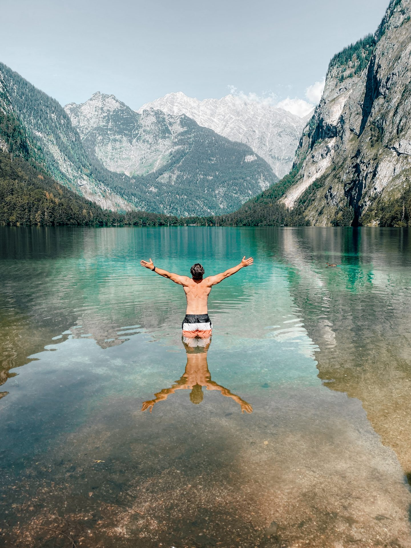 Man stands in the Obersee